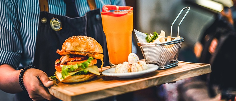How To Become A Food And Beverage Attendant Salary